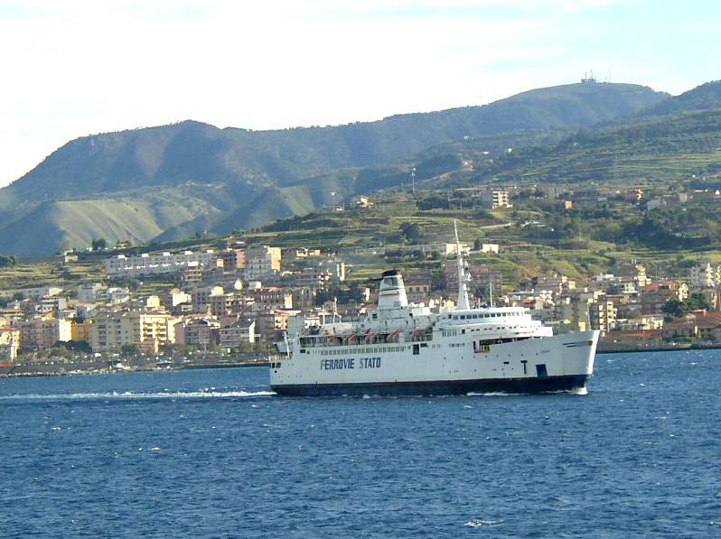 VisitsItaly.com - Pictures of Reggio di Calabria - Region ...