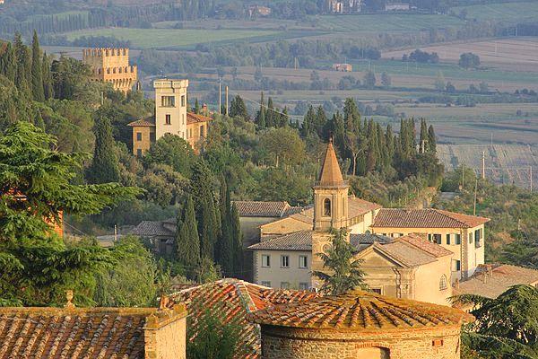 Cortona Italy  city photos gallery : VisitsItaly.com Welcome to Cortona in Tuscany