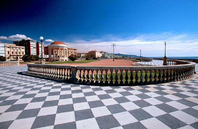 VisitsItaly.com - Welcome to Livorno in Tuscany