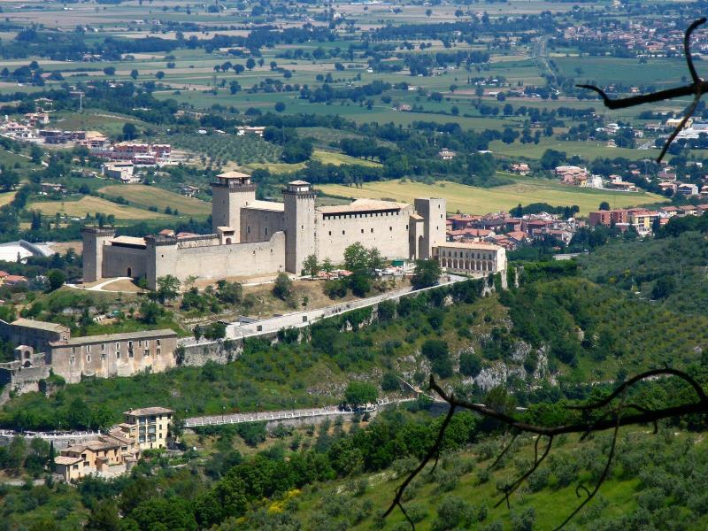 Visitsitaly Com Welcome To Spoleto Umbria