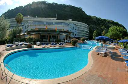 Visitsitaly Com Welcome To The Hilton Palace Sorrento