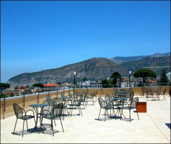 Hotel La Pergola Via I Rota 80065 SantAgnello Sorrento Amalfi Coast Italy Tel 081 8782626