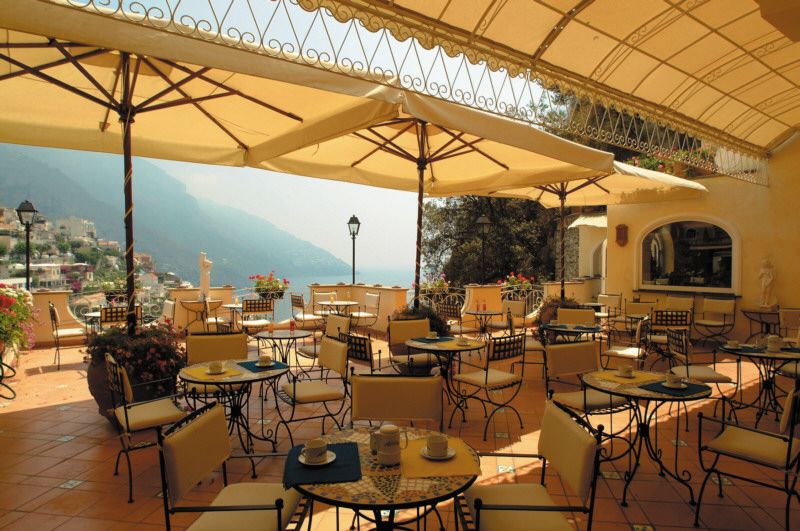 Campania and the amalfi coast sorrento for Terrace hotel breakfast