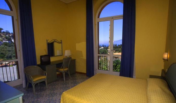 Visitsitaly Com Welcome To The Hotel Villa Maria