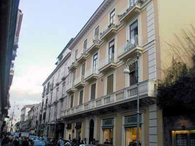 VisitsItaly.com   Villas For Rent In Italy   Sorrento Apartments, Sorrento,  Amalfi Coast, Italy