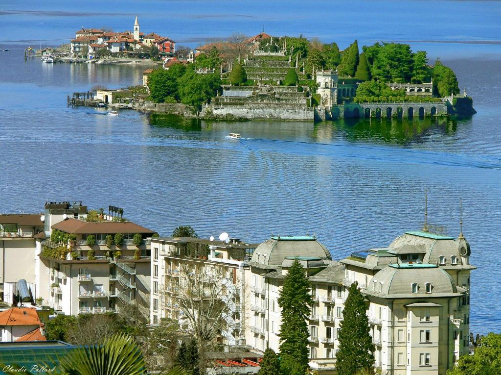 Tours of umbria italy 39 s green heart for Stresa lake maggiore