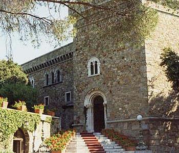 Welcome to the grand hotel dei castelli for Hotel liguria milano