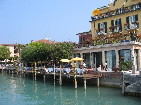 Flaminia Hotel Piazza 8 25019 Sirmione Lake Garda Italy Tel 030 916 078 Fax 193