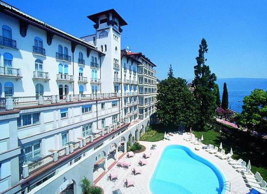 Visitsitaly Com Welcome To Hotel Savoy Palace Gardone