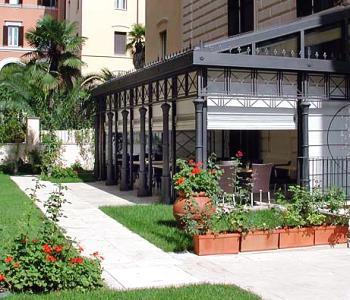 Rose Garden Hotel Via Boncompagni 19, 00187 Rome, Italy Tel: 06 421 741    Fax: 06 481 5608