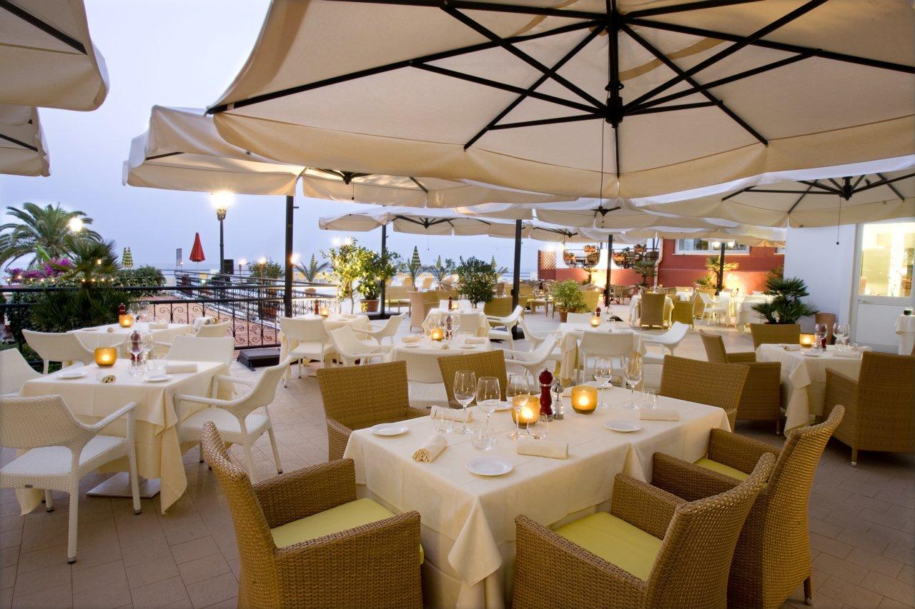 Welcome to the hilton giardini naxos giardini naxos taormina sicily - Hotel giardini naxos 3 stelle ...