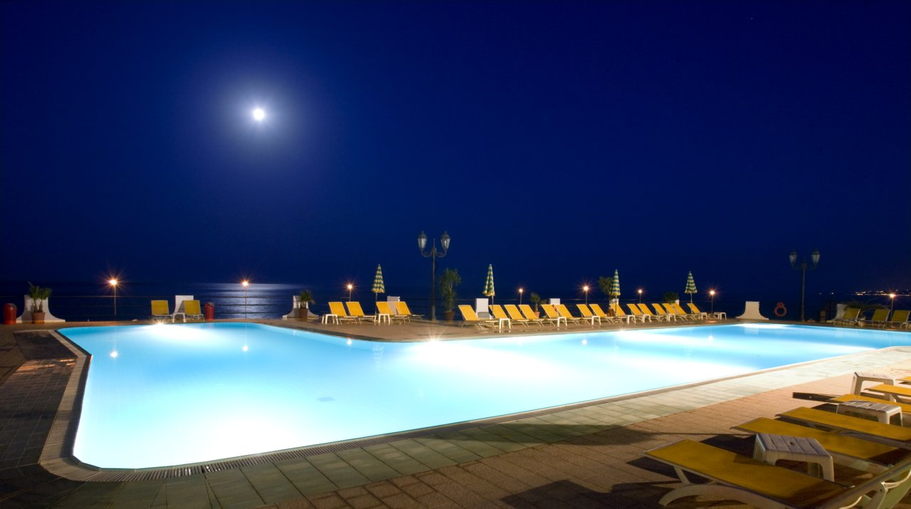 Welcome to the hilton giardini naxos - Hotels in catania with swimming pool ...