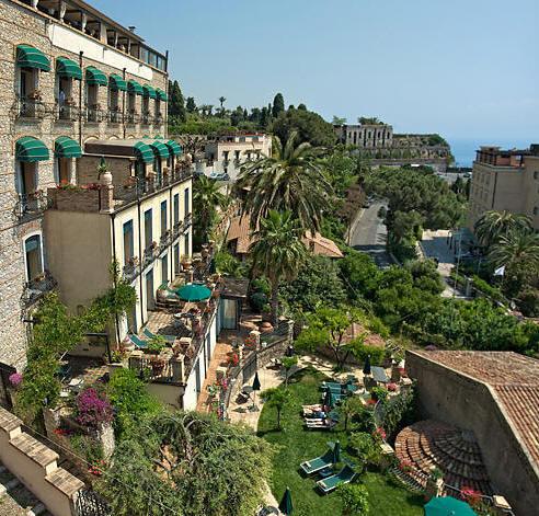 Welcome to the hotel villa carlotta for Hotel villa taormina