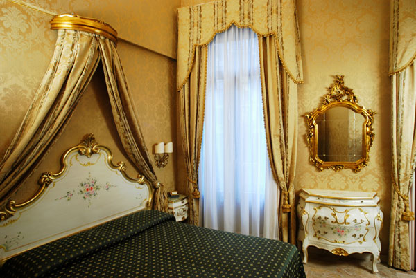 Visitsitaly Com Welcome To The Hotel Canaletto Venice Italy