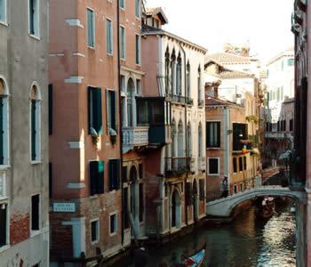 Hotel San Moise Marco 2058 30124 Venice Italy Tel 041 520 3755 Fax 521 0670
