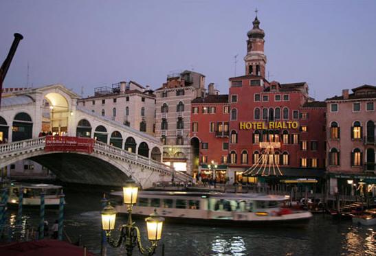 Rialto Hotel Riva Del Ferro San Marco 5149 30100 Venice Italy Tel 041 5209166 Fax 5238958